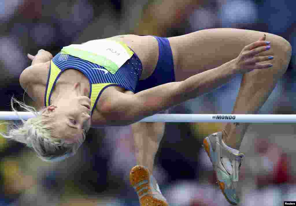 Після трьох вправ у жіночому семиборстві з легкої атлетики (біг на 100 метрів з бар'єрами, стрибки у висоту та штовхання ядра) Аліна Фьодорова йде 16-ю серед 30 учасниць. Попереду ще чотири види – 200 метрів, стрибки у довжину, метання списа та біг на 800 метрів