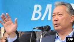 Курманбэк Бакіеў