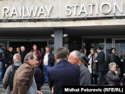 Mirni skup Vijeća uposlenika i pet sindikata željezničara FBiH, Sarajevo, 12. oktobar 2011.