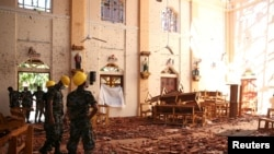 Една от атакуваните църкви в Шри Ланка.