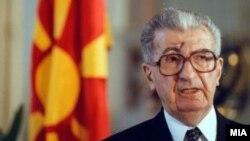 Првиот претседател на Македонија, Киро Глигоров.