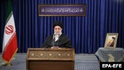 Духовный лидер Ирана аятолла Али Хаменеи во время своего выступления. Тегеран, 8 января 2021 года.