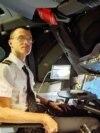 Пилот Антон Демидов