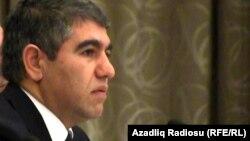 Azerbaijan -- economist Vugar Bayramov - 17Jan2014