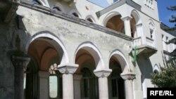 Руководство Югоосетинского драмтеатра извинилось перед любителями театра
