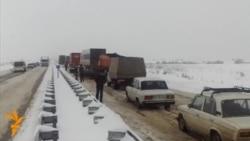 Qar Bakı-Rostov yolunda tıxaca səbəb olub
