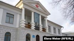 Қарағанды облысы Долинка кентіндегі бұрынғы НКВД бас басқармасы ғимаратында қазір саяси репрессия құрбандарына арналған музей орналасқан.