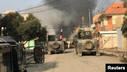 """Ирак армиясы Мосулдың шығысында """"Ислам мемлекеті"""" экстремистік тобына қарсы шайқасып жатыр. 9 қаңтар 2017 жыл."""