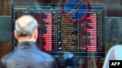 بازارهای مالی در سراسر جهان هر زمان که احتمال جنگ با سوریه بالا گرفته، روندی رو به کاهش را تجربه کردهاند.