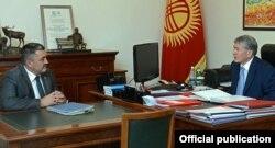 Алмазбек Атамбаев будучи президентом КР прнимает Албека Ибраимова. 29 июня 2016 г.