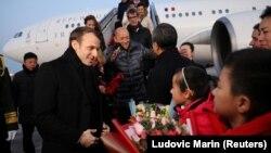 Франция президенті Макронның Пекинге келген сәті. 8 қаңтар 2018 жыл.