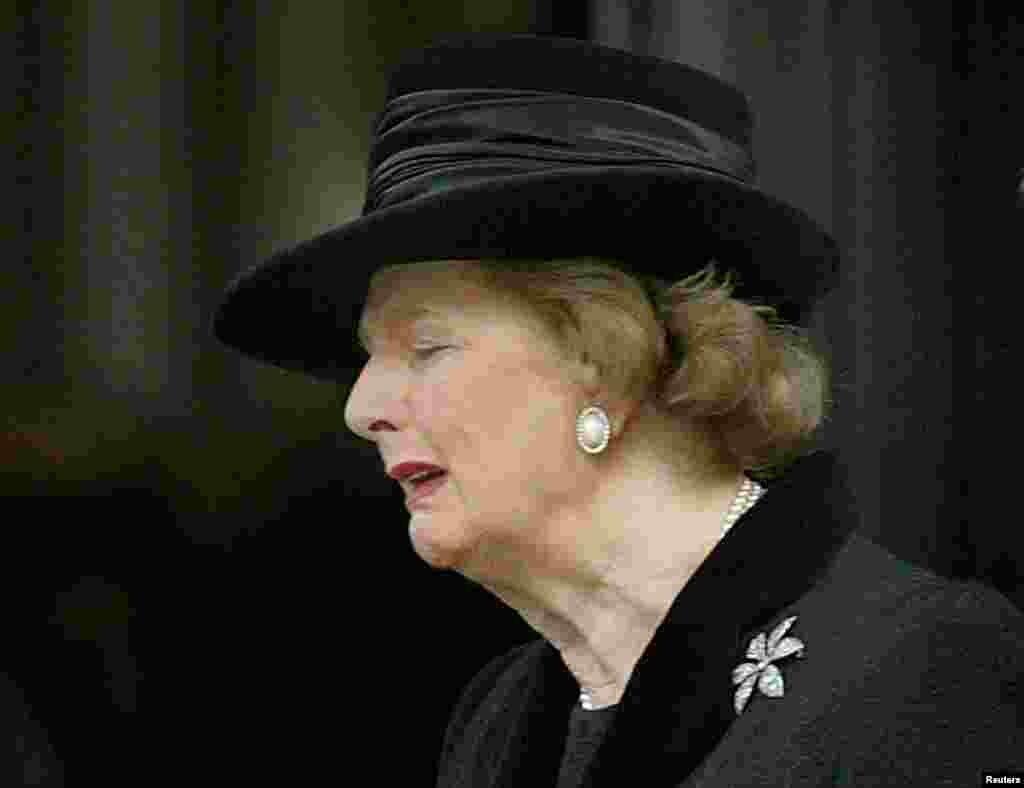 Маргарет Тэтчер на похоронах своего мужа в 2003 году