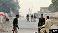 Пешевардын алдында жанкечти жардырууну Пакистан армиясынын баш кеңсеси жайгашкан Равалпинди шаарында жасаган.