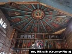 """Одной из уникальных особенностей Успенской церкви был сохранившийся расписной потолок-""""небо"""""""