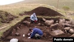 Раскопки Адайдонского могильника