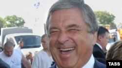 Руководитель Комитета союзного государства Россия-Беларусь Павел Бородин, еще когда был «кремлевским завхозом», уже присматривался к старинной усадьбе на Садовом кольце
