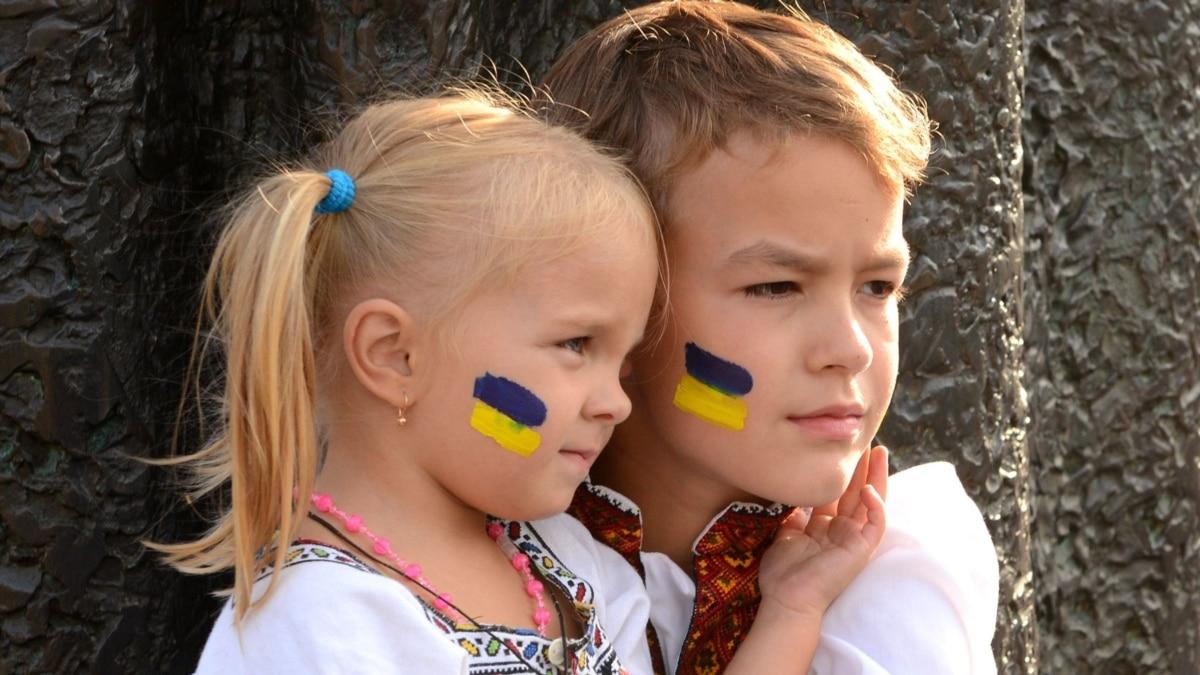 Два фронта: Украина между коронавирусом и агрессией России