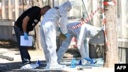 Полиция Франции работает на месте инцидента в Марселе, 21 августа 2017 год