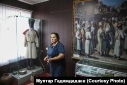Заведующая музеем Акуша Зубалжат Мирзаева