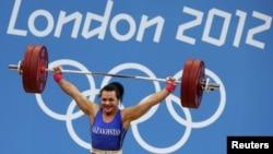 Лондон олимпиадасының чемпионы, қазақстандық ауыр атлет Светлана Подобедова. Лондон, 3 тамыз 2012 жыл.