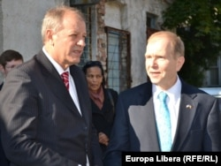 Ministrul sănătății Andrei Usatîi şi ambasadorul american William Moser