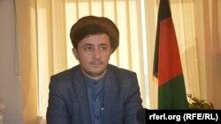 آرشیف، عبدالله ناجی نظری عضو شورای ولایتی بدخشان در جریان مصاحبه با رادیو آزادی در شهر فیض آباد.