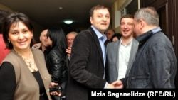 Попытка отстранить от должности Георгия Бараташвили была впервые предпринята ровно полгода назад, но тогда гендиректор Общественного вещателя отстоял свою должность в суде