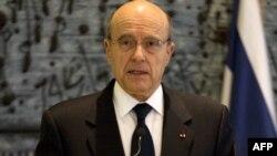 آلن ژوپه، وزير امور خارجه فرانسه،