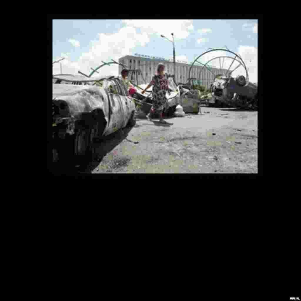 Расстрел мирной демонстрации в Андижане #4
