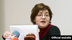 Наташа Јованова, Македонски центар за европско образование.