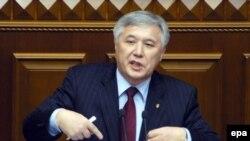 Юрий Ехануров: «Не бывает так, что с ножами к спине подписываются соглашения»