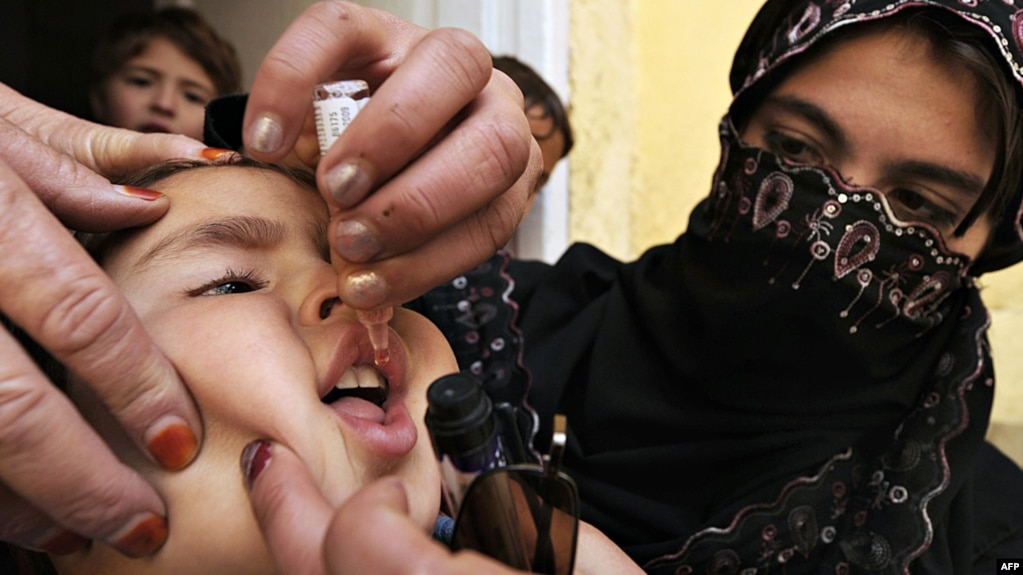 Image result for vaccinate children in Afghanistan, Pakistan
