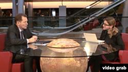 Graham Watson intervievat de Iolanda Badiliță, corespondenta Europei Libere la Strasbourg