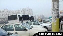 Қўйлиқда вилоятликларни овлаш учун келган милиция автобуси