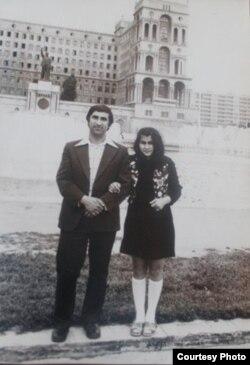 """Arif Quliyev: """"Bu, gənclik illərimin səhvidir. Texnikomda oxuyanda bir qızla dostluq edirdim. Atası, anası, qohumları bilirdi. Amma nədənsə alınmadı""""."""