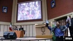 سخنرانی موسوی لاری در دانشگاه یزد