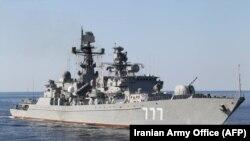 Ирански воен брод кој изведува операции во теснецот Хормуз, април 2019