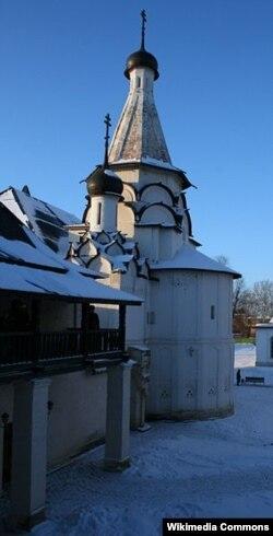 Суздаль. Спасо-Евфимиев монастырь. Успенская церковь. В 1923–1935 годах на территории монастыря был оборудован политизолятор, с ноября 1935-го — тюрьма особого назначения НКВД.