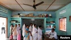 Голосование на острове Маджули в индийском штате Ассам, 7 апреля 2014