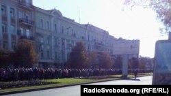 Очередь на похороны «Моторолы». Донецк, 19 октября 2016 года
