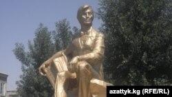 Рыспай Абдыкадыров.