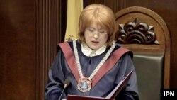 Fosta președintă a Curții Constituționale, Domnica Manole
