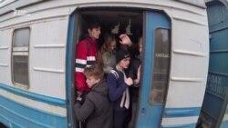 Іржаві та смердючі – якими електричками доводиться їздити українцям (відео)