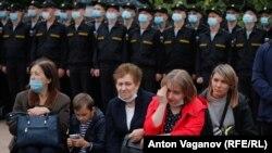 """Отдаване на почит на загиналите в подводницата """"Курск"""" в Санкт Петербург, 12 август 2020 г."""