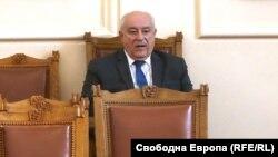 Служебният министър на околната среда и водите Асен Личев в парламента