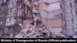 Обрушение дома в Ижевске. Фото МЧС России.
