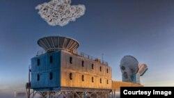 Обсерватория BICEP2 и частица космической пыли, помешавшей ее наблюдениям
