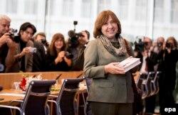 Svetlana Alexievici la o conferință de presă la Berlin