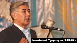 Co-Chairman of the Social Democratic-Azat Party Zharmakhan Tuyakbai