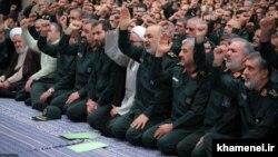 عکسی از دیدار فرماندهان سپاه پاسداران با علی خامنهای، ۱۰ مهر ۹۸
